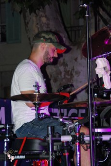 Batteur du groupe blackout flassans