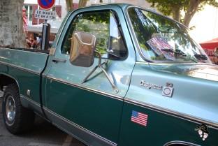 chevrolet cheynne à la soirée américaine route 66 à Tourves