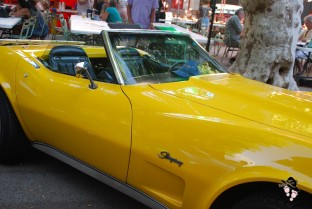 chevrolet corvette stingray jaune