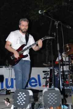 musicien blackout flassans à soirée américaine à tourves