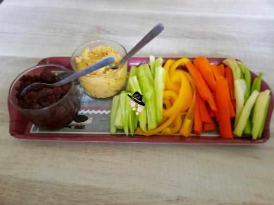 recette apéritif provençal tapenade poichichade et bâtonnets de légumes
