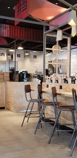 intérieur salle du restaurant Yatay asian bistro Aubagne