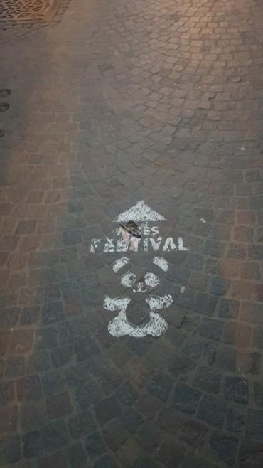 marquage sol pour le festival des lanternes famille tout à dire