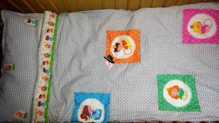 couture faite maison avec les coupons illustrés de Rozenn Famille Tout à Dire
