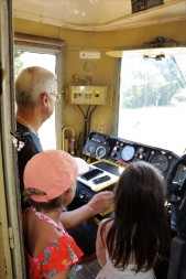 intérieur cabine pilotage train Famille Tout à Dire (3)