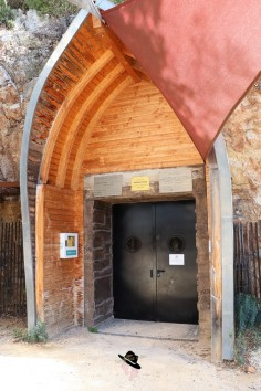 Grotte de la Salamandre Famille Tout à Dire (86)